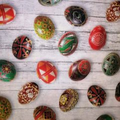 Великденски покривки
