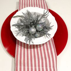 Коледна сакфетка от текстил