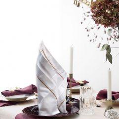 Бяла текстилна салфетка лукс